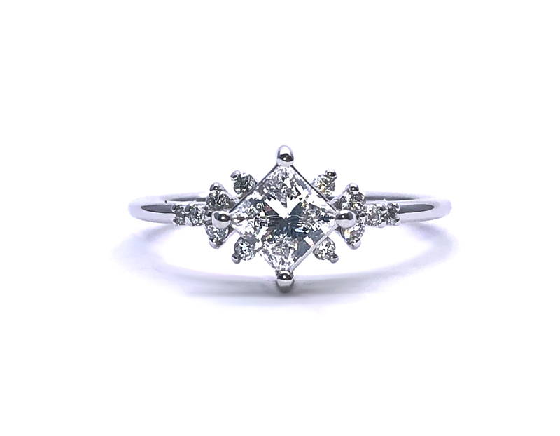 ring-with-diamond-square-center-and-small-diamond