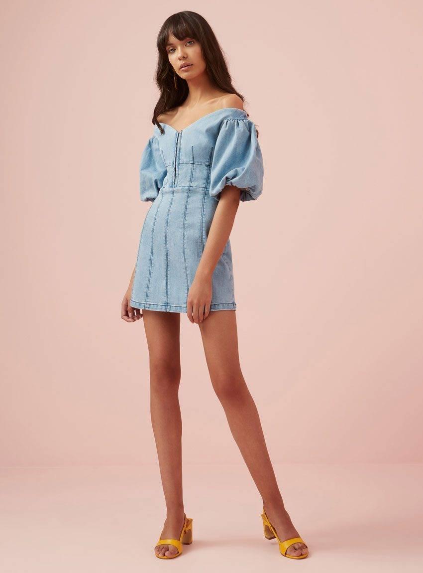 Elliatt Blossom T-Shirt Dress