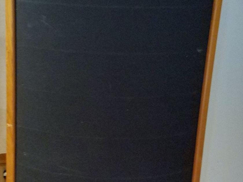 Sound lab  soundlab A3 Pair of Electrostatic speakers $500 below bluebook near Chicago, Milwaukee, Madison, Rockford