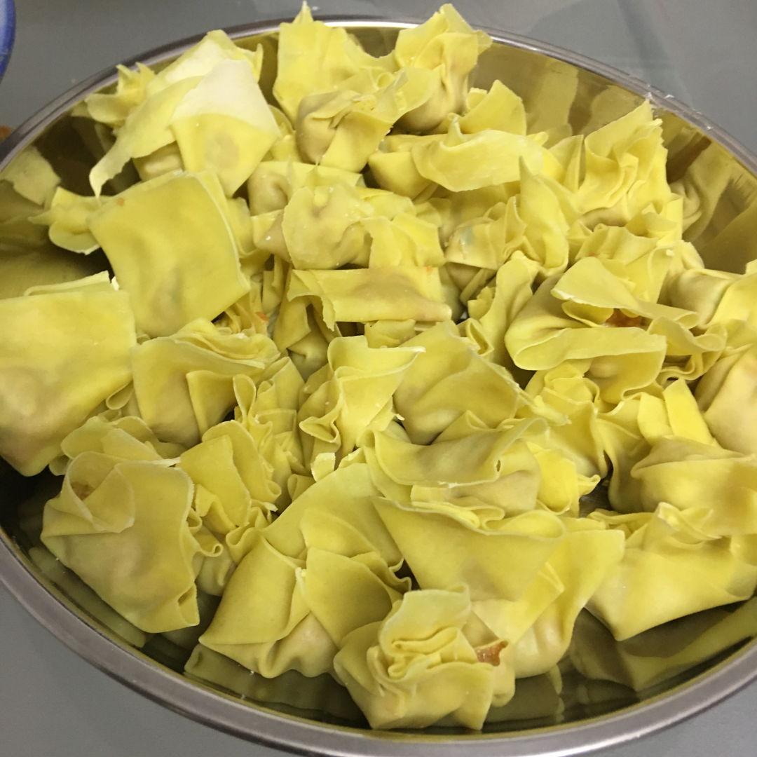 """May 14th, 20 - wrapped wan tan (1 tonne- meat dumpling). Heavy eh.. """"-,-"""