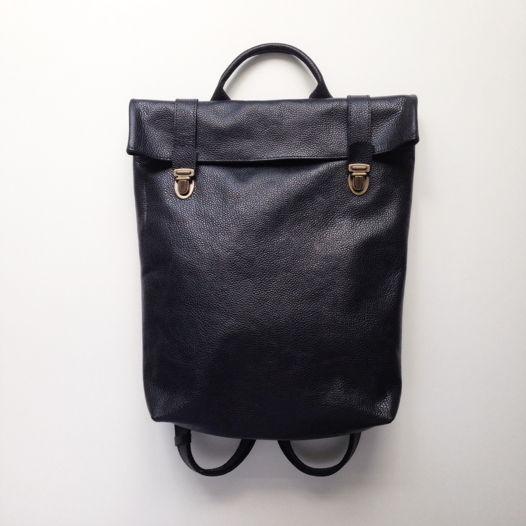 Кожаный рюкзак Pebble Black