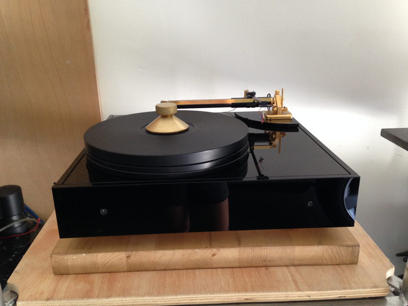 FORSELL AIR REFERENCE TURNTABLE