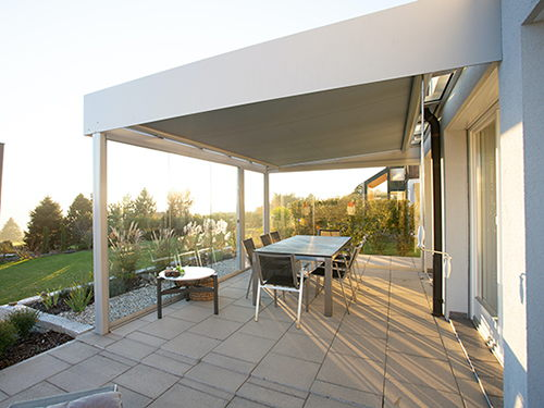 Advantages and disadvantages: conservatory, loggia, balcony and roofed terrace
