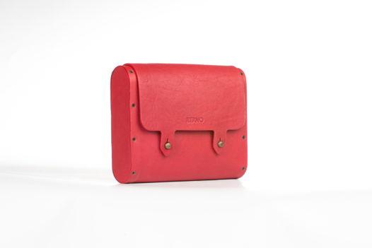 Красная сумочка мини на ремешке