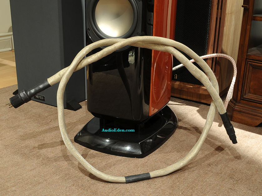 FIM  Gold Power Cord SEE PHOTO