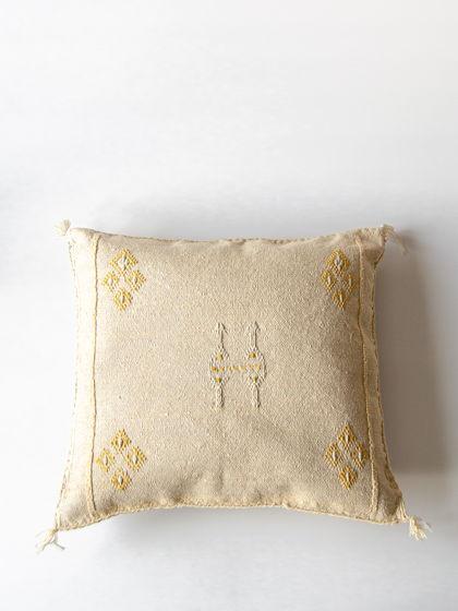 Подушка из шелка агавы Biege
