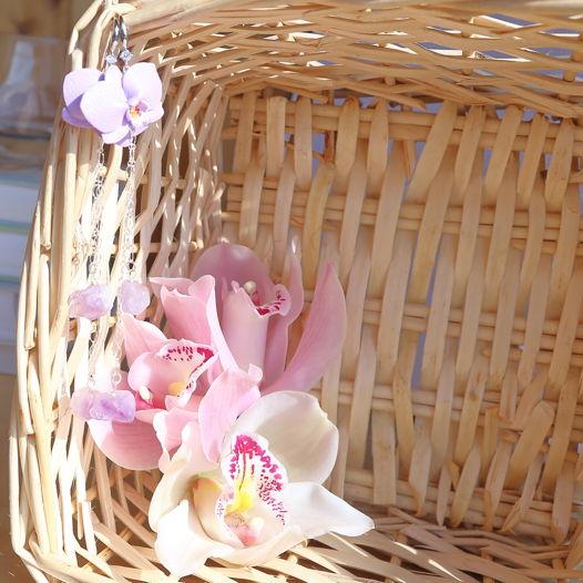 Длинные серьги с орхидеями