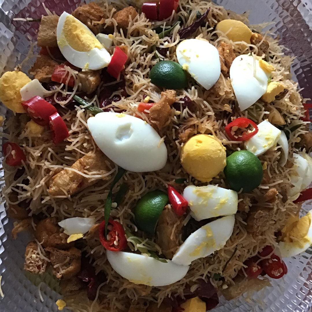 Thanks for the Dry Mee Siam Recipe.  I made this for the Christmas party and friend loved it.