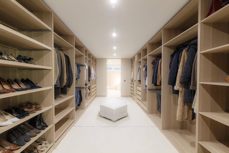 Dise o de interiores armario vestidor - Diseno interior armario ...