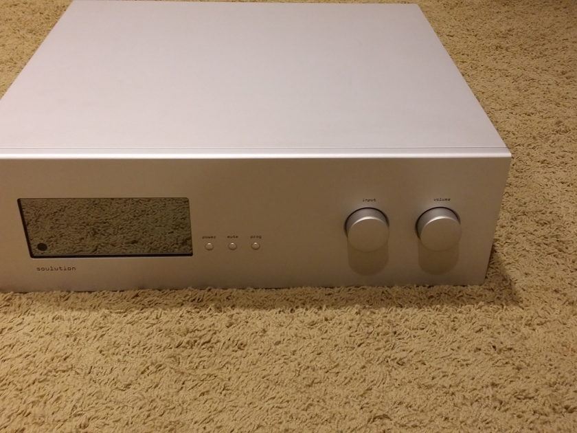 Soulution 720 Preamp w/phono
