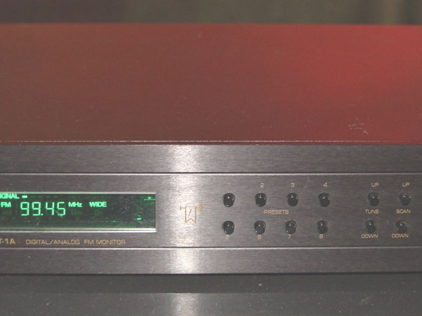 Fanfare  FT-1A Reference FM Tuner!