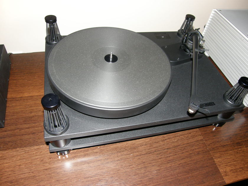 "SME 20/12, 6 months old like new! Blowout 50% discount price, 12"" SME V-12 tonearm also available,  mint OBM, from dealer w/ warranty"