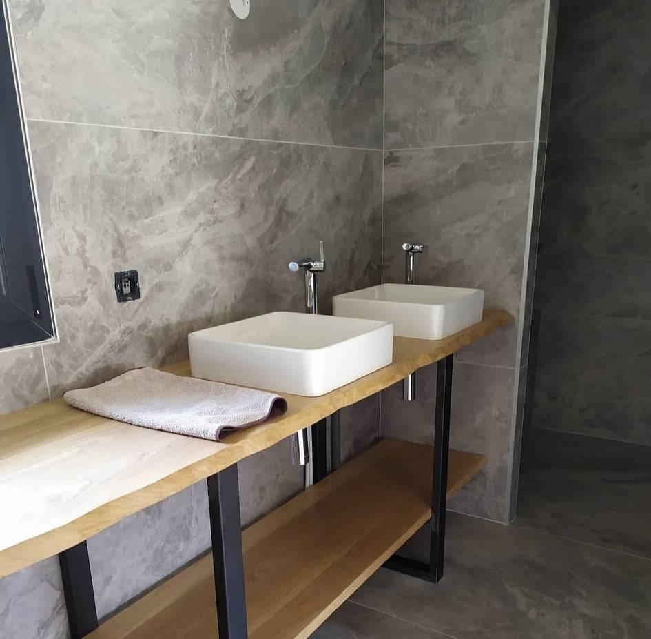 Plan de travail bois massif double vasque salle de bain