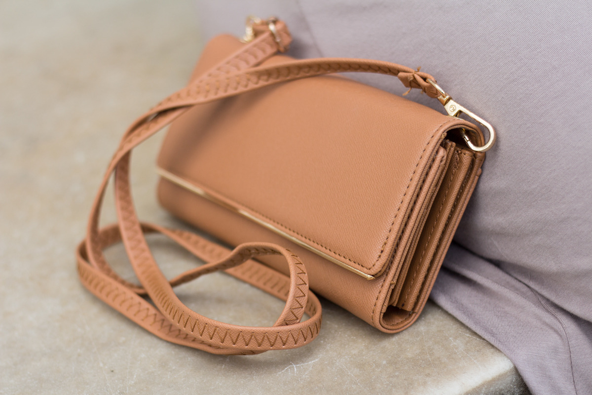 Primitive Beginnings womens summer apparel dresses travel cross-body camel purse wallet