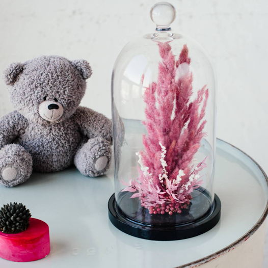 Клош с эриантусом в розовом цвете