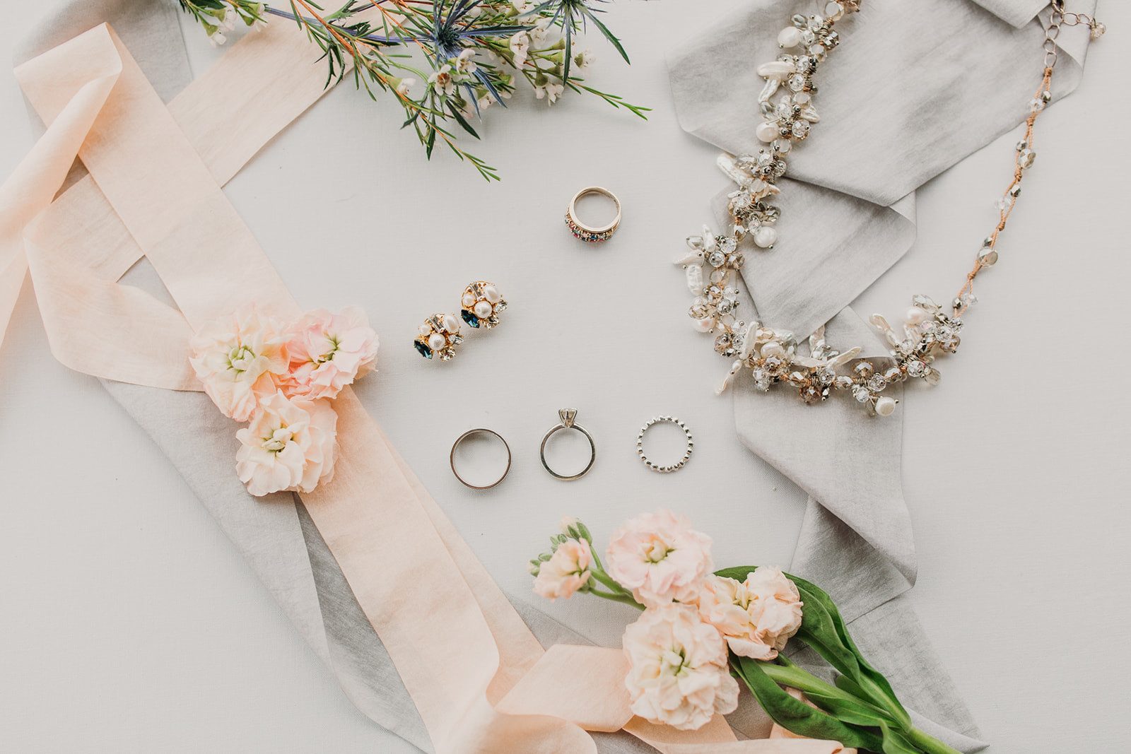 Bride Accessories   Bustld   Vetted Wedding Vendors Picked For You