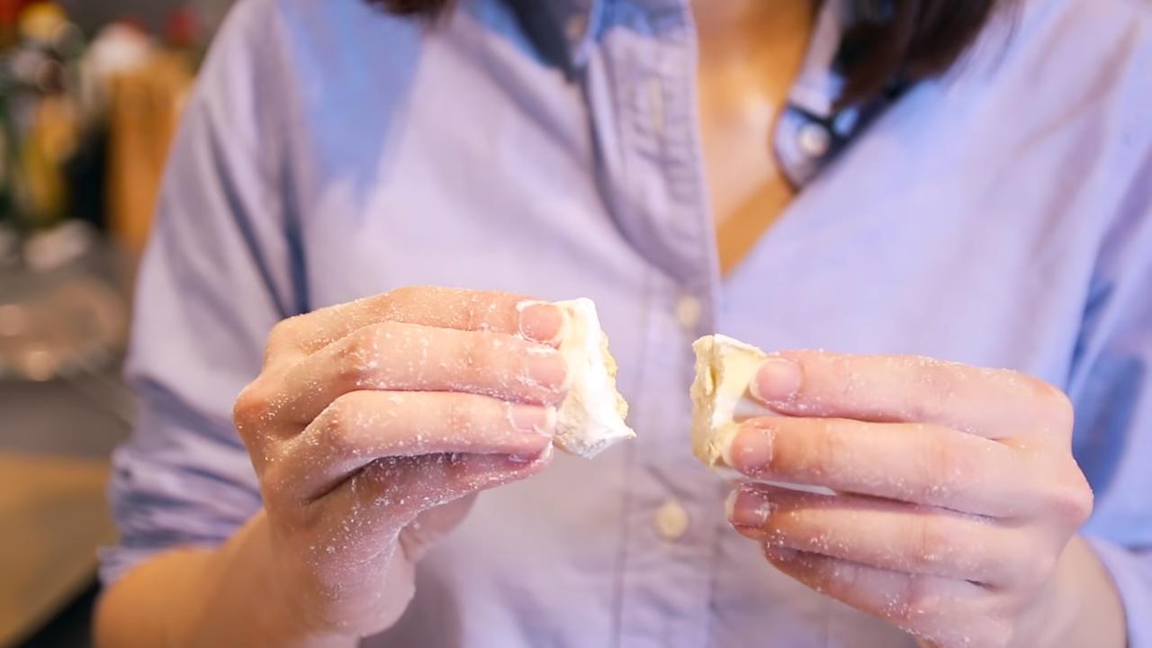 Test Kuih Bangkit Dough
