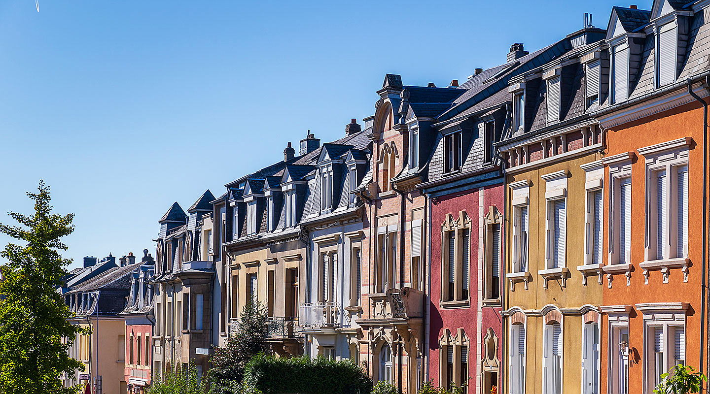 Luxembourg - The current specialist and market knowledge of real estate agents at Engel & Völkers Luxembourg accompanies you on the way to your dream property.