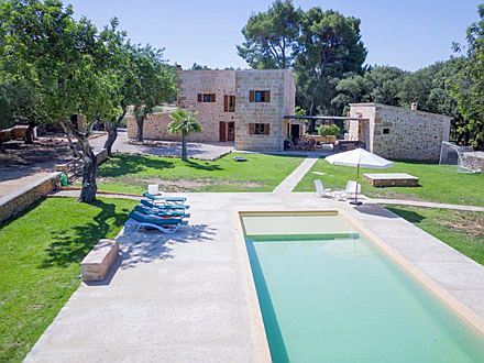 Pollensa - Lovely country home for sale in Alcudia