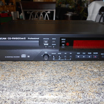 CD-RW900 MKII