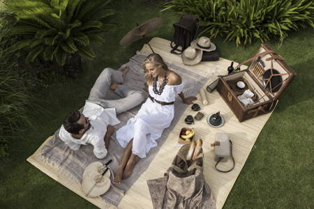 Romantic Picnic & Relaxing Massage