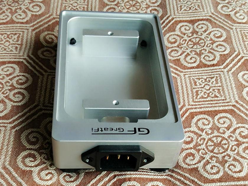 OYAIDE WPC-Z wall plate Power distribution box Power Strip Distributor Box