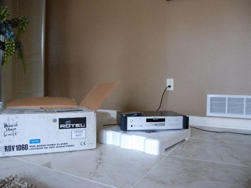 Rotel RDV 1060 CD/DVD player