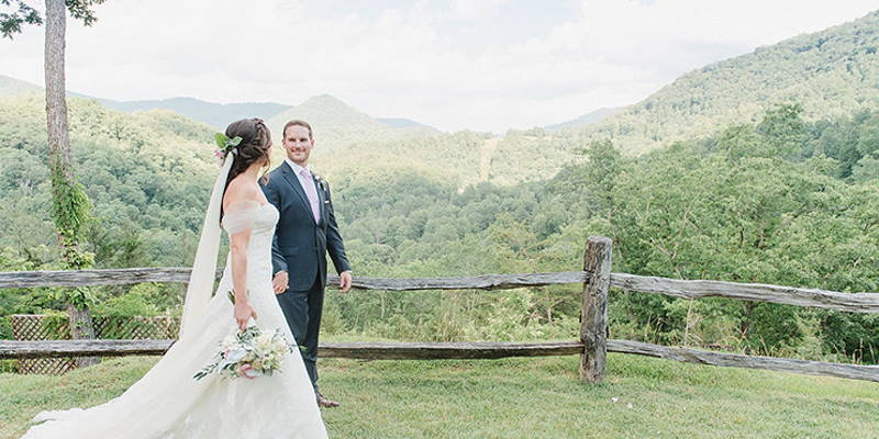 Location, Location, Location: Selecting the Perfect Location For Your Wedding Photos