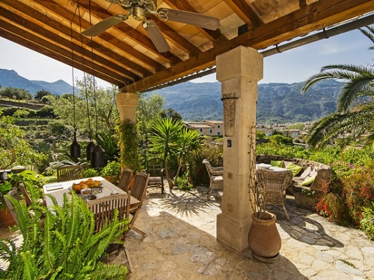 Puerto Andratx - Villa for sale with beautiful overgrown land, Sóller, Mallorca