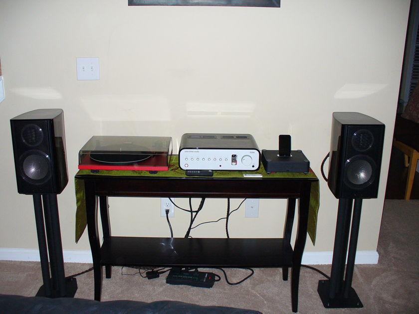 Monitor Audio GOLD GX100 2 Way Bookshelf Speakers