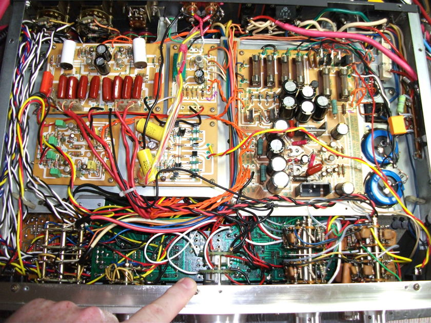 Kenwood 700C  Upgraded to the max inside, IEC new excellent RCA's outside