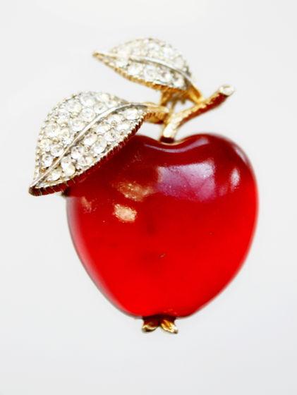 """Винтажная брошь """"Яблоко"""" от Lisner"""
