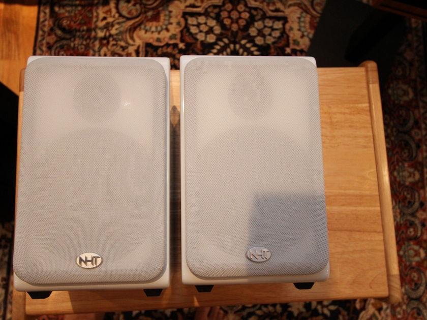 NHT SB-1 speakers Gloss white
