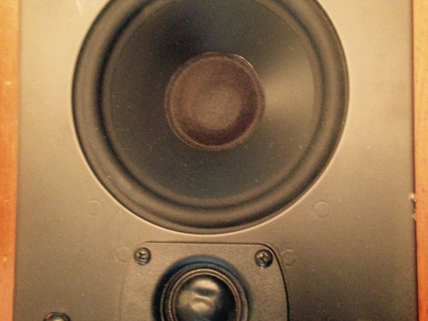 MK Audio SW50 in wall pair