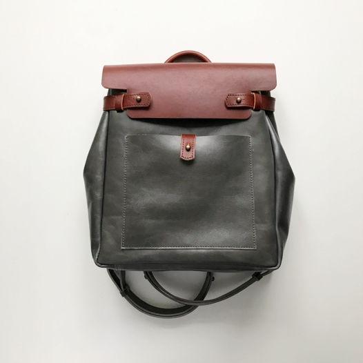 Кожаный рюкзак-сумка Square Gray Marble/Cognac