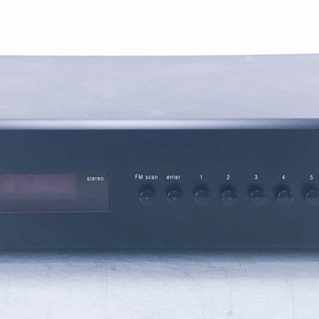 GFT-555 AM / FM Tuner