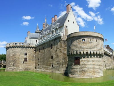 Nantes (+ see page)