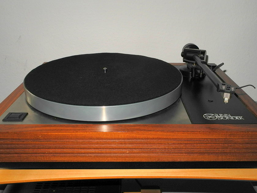 Linn LP12 with Radikal, Ekos 2, and  Lyra Kleos cartridge