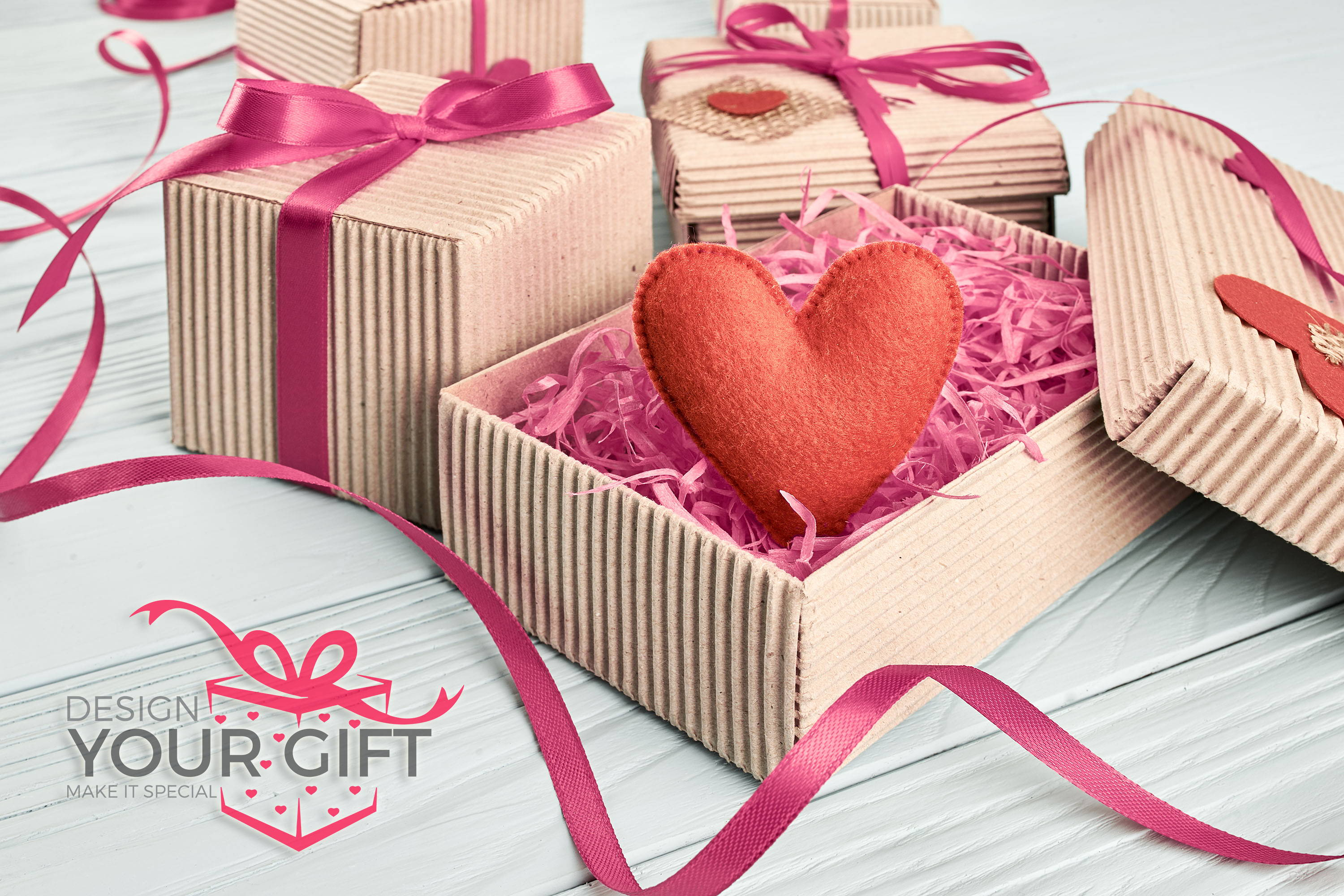 gift boxes with heart and design your gift uk logo