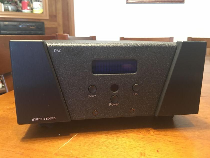 Wyred 4 Sound  DAC 1LE Excellent DSD DAC w/Femto Clock