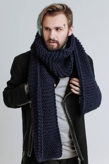 Мужской шарф из толстой пряжи