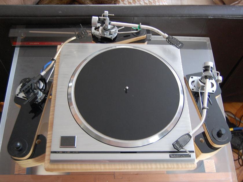 Technics  SP-10 mk2 = The T-pod =