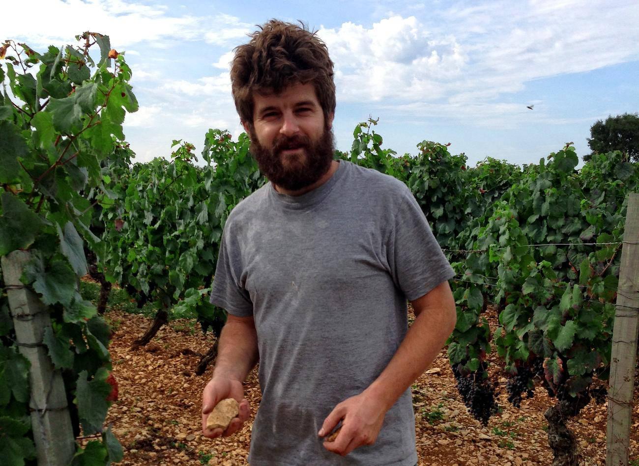 France, vin nature, rawwine, organic wine, vin bio, vin sans intrants, bistro brute, vin rouge, vin blanc, rouge, blanc, nature, vin propre, vigneron, vigneron indépendant, domaine bio, biodynamie, vigneron nature, cave vin naturel, cave vin, caviste, vin biodynamique, bistro brute, Quimper, Finistère , fabien jouves, mas del périé, cahors, les agudes, les escures