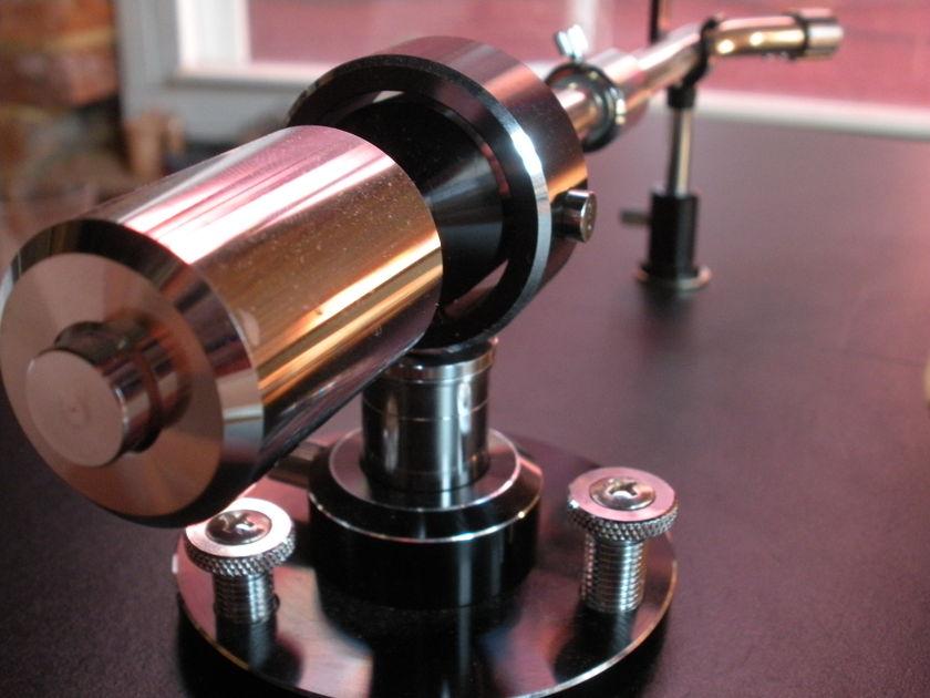 Audio-Technica ATP-12  Tonearm & Stanton 681 Cartridge
