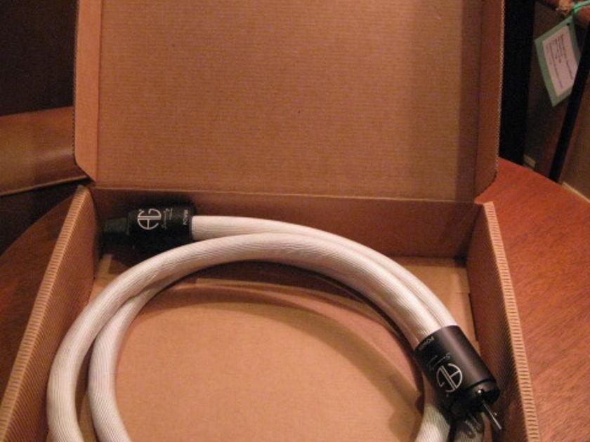 Argento Audio  2M SERENITY SIGNATURE 15 amp AC Cable