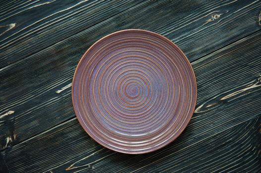 Сервировочная тарелка ручной работы