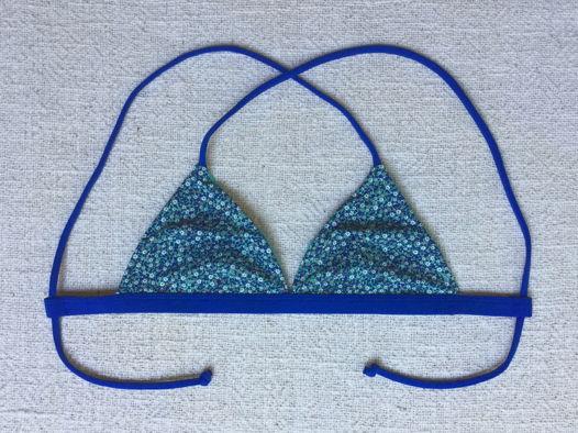Двухсторонний купальник Berawa V3 - Floral Turquoise ВЕРХ