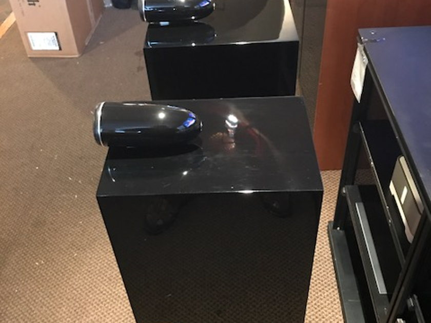 b w bowers wilkins cm6 s2 bookshelf speakers in gloss black with matching stands full. Black Bedroom Furniture Sets. Home Design Ideas