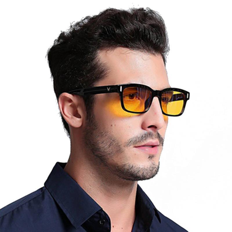 bluelight blocking glasses man