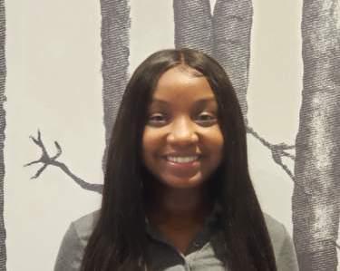 Ms. Ki-Yanna White , Young Toddler Teacher
